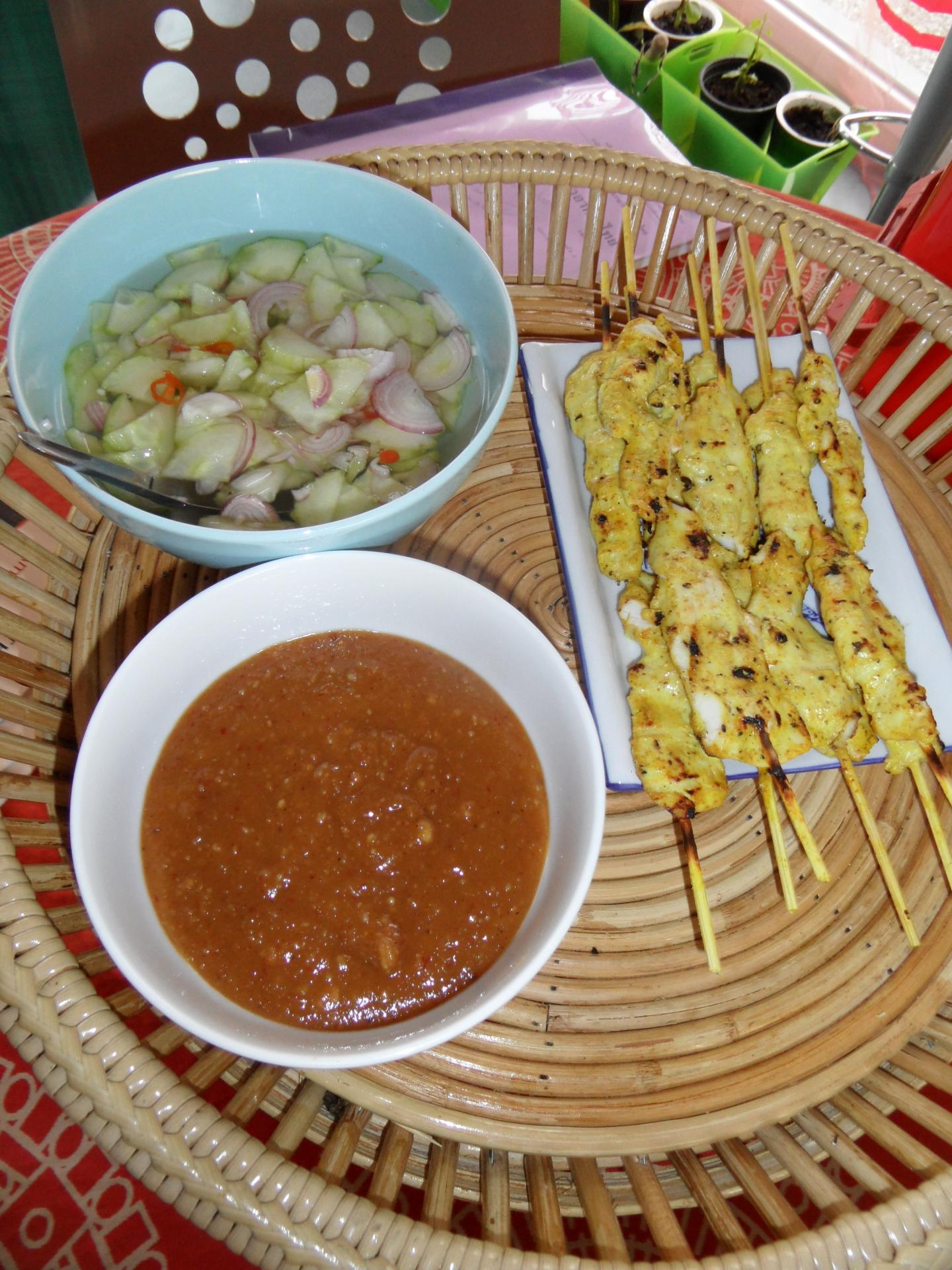 Poulet barbecue sauce satay